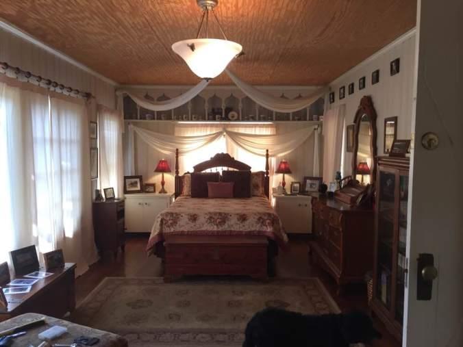 bedroom249